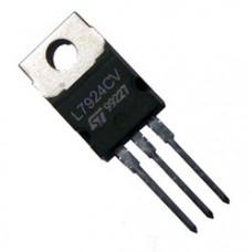 Voltage regulator 7924